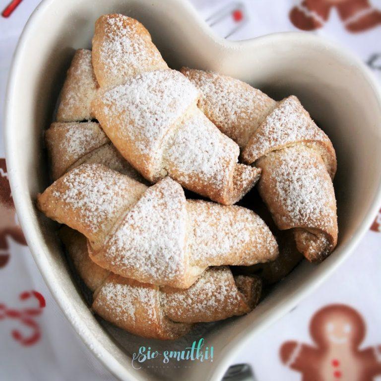 rogaliki-serowe-z-marmolada