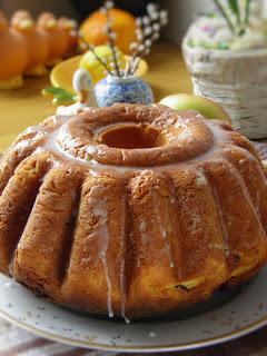 Baba drożdżowa z ciastem parzonym