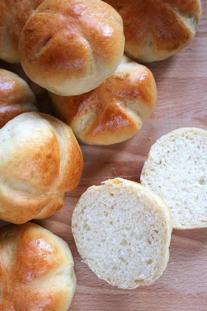 Bułki pszenne na śniadanie