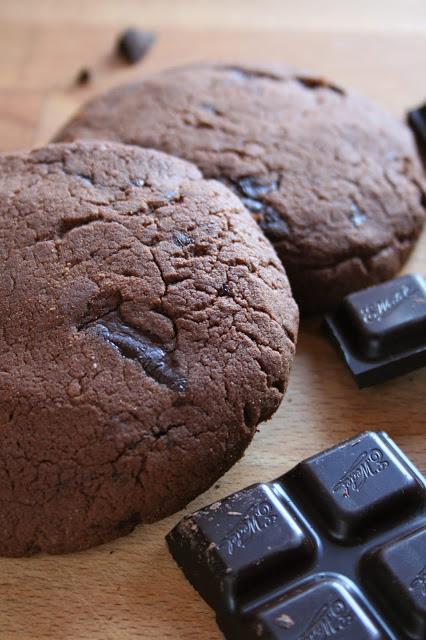 ciastka-mocno-czekoladowe