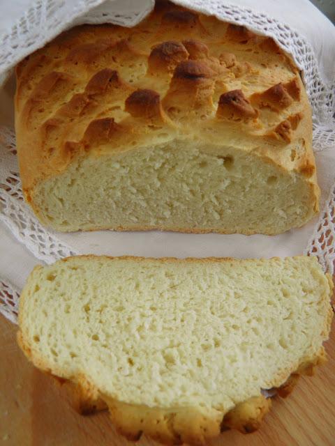 Rogaty chleb pszenny