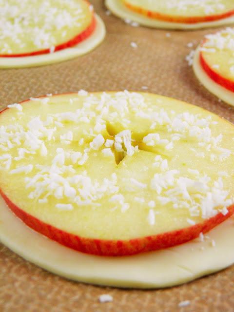 Talarki z jabłkami i kokosem -przygotowanie 1